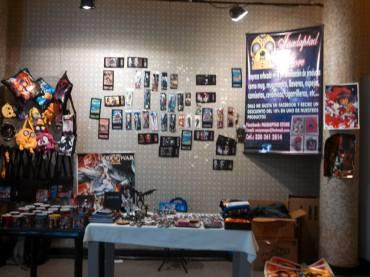 Stand de la tienda INADAPTAD STORE en el Salón de los Desterrados 2014