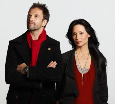 Lucy Liu and Jonny Lee Miller of the CBS series ELEMENTARYPhoto: Nino Muñoz/CBS©2012 CBS Broadcasting Inc. All Rights Reserved.